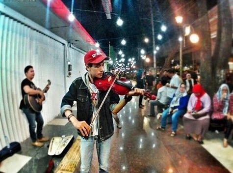 Pemerintah Lanjutkan Pembangunan Pedestrian di Palembang
