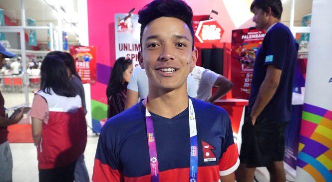 Keliling Kota Pakai LRT, Atlet Tennis Nepal Senang Jaringan Tak Bermasalah