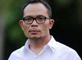 Jokowi Tunjuk Hanif Dhakiri jadi Plt Menpora