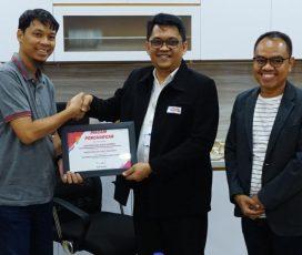 Edukasi Mahasiswa Bina Darma Palembang Jadi Public Relation Modern