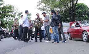 PTBA Sumbang Rp 2,3 M untuk Mengaspal Jalan Kota Palembang
