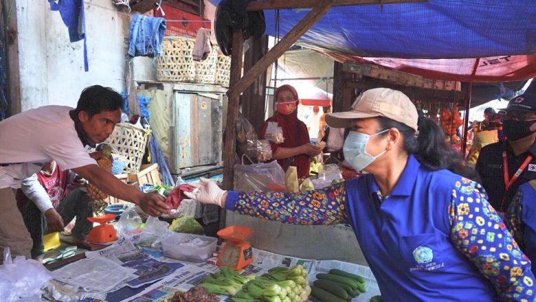 Gencarkan Sosialisasi Covid ke Pedagang Pasar