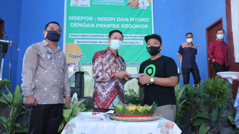 Gojek Fasilitasi Pelatihan untuk 53 Pedagang Pempek Rumahan di Palembang